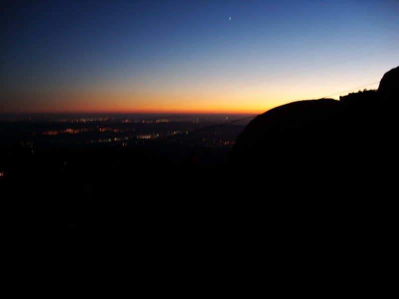 Rock Climbing Photo: Sunset, view off the top of the Cave, Mount Woodso...