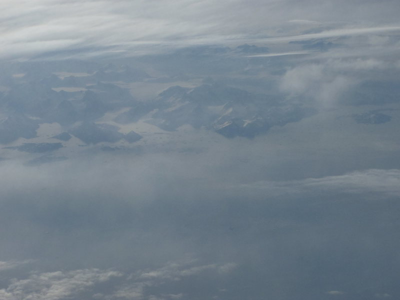 a little peek @ Greenland from the plane