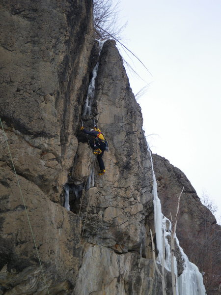 Rock Climbing Photo: Negotiating the chockstone on Jake Brake, M5, Wolf...