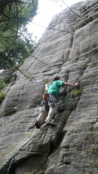 Rock Climbing Photo: clipping  Photo by: Jen Sjoberg
