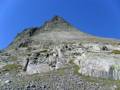 Rock Climbing Photo: good look at wham ridge, head up to the highest gr...