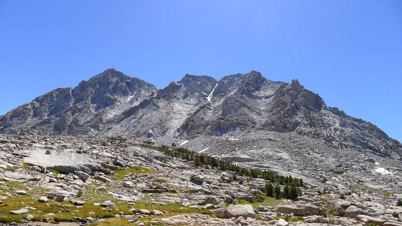 the long ridgeline that makes up Peak 13,360 (W Ridge route runs right to left)