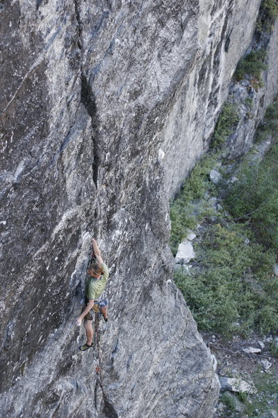 Rock Climbing Photo: Starting up 'The Audacity of Rope', a mixed bolt a...