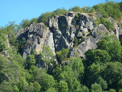 Rock Climbing Photo: Far from the crowds, Summit Cliff has a lot of cli...