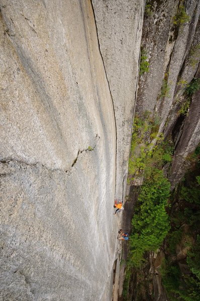Rock Climbing Photo: Tips crux on pitch 3