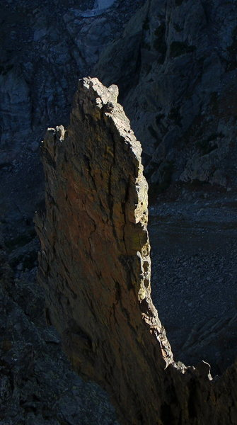 Rock Climbing Photo: The Petit from the summit of the Saber.