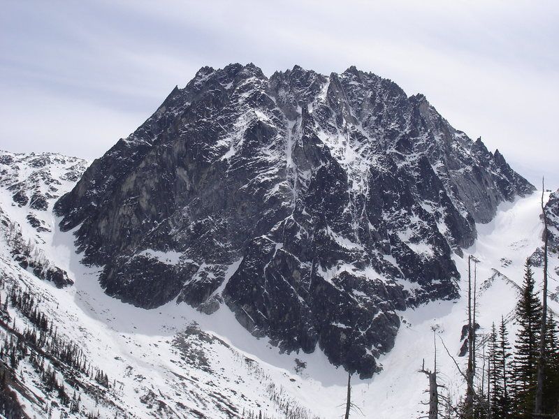 Rock Climbing Photo: Dragontail from Colchuck Lk.