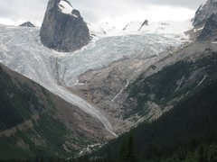 Rock Climbing Photo: approach to hut