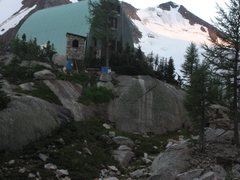 Rock Climbing Photo: hut!