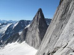 Rock Climbing Photo: base of NE Ridge of Bugaboo
