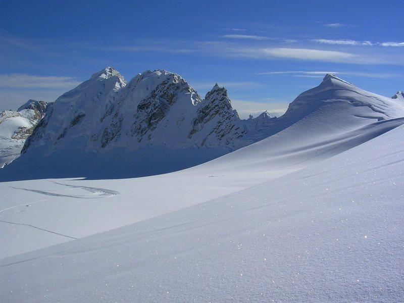 Rock Climbing Photo: The AMS Fork off of the main Eldridge glacier in m...