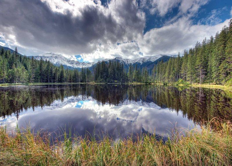 Smreczynski Lake. Polish Tatras. Sept. 2010.