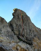 Rock Climbing Photo: Green marks the belays, yellow marks the rappel ro...