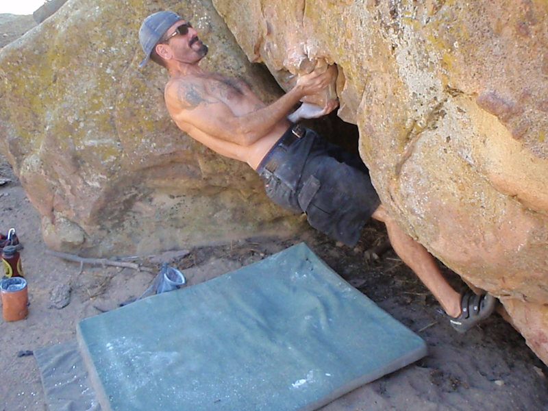 Rock Climbing Photo: Davi Rivas on Orange, Picnic Area, Pine Mtn.