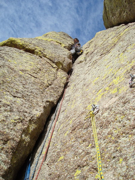Rock Climbing Photo: Jay leading P2 the Bon Homme Variation up Devil's ...