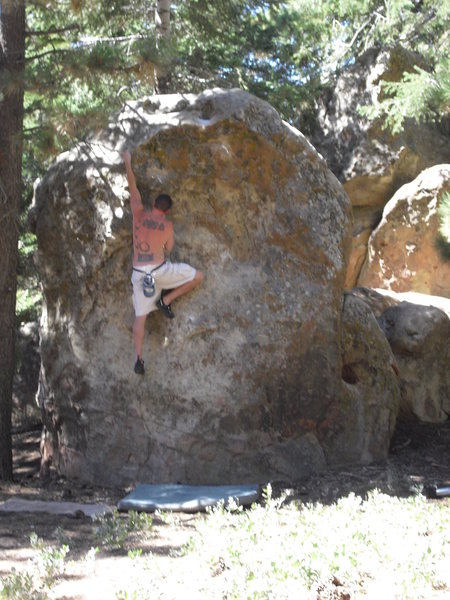 Dave Stillman on a variation of Cheech called Magic Dust, Picnic Area, Pine Mtn. Follow the knobs left of the big scoop.