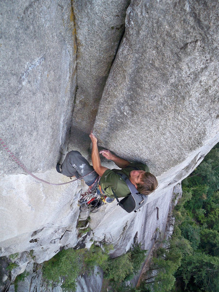 Rock Climbing Photo: Zac Vertrees on U-Wall, 5.12-, Squamish