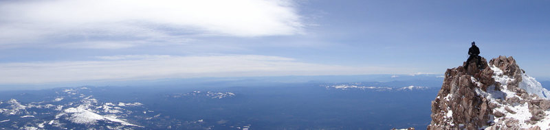 Rock Climbing Photo: Shasta Summit Panorama.  Memorial Day 2010.