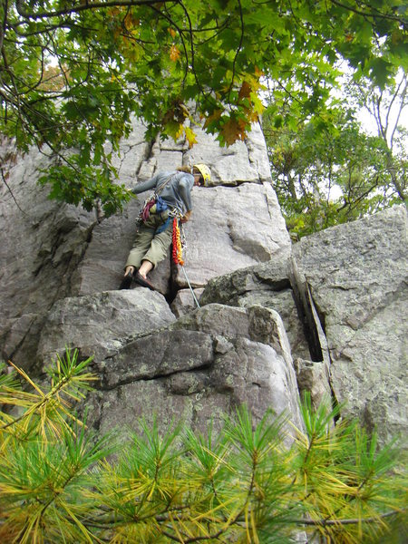 Rock Climbing Photo: 3rd pitch.  The headwall below Lunch spot ledge.