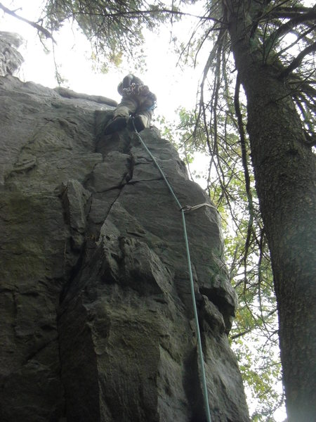 Rock Climbing Photo: Fuzzy up the 2nd pitch of the South Twin.