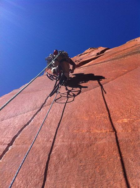 Rock Climbing Photo: Jason Dorais leading up pitch 7 splitter
