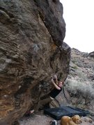 Rock Climbing Photo: Starting the compressed crux on Mettle Tester, V6,...