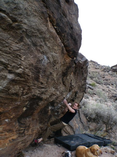 Rock Climbing Photo: Starting the compressed crux on Mettle Tester, V6+...