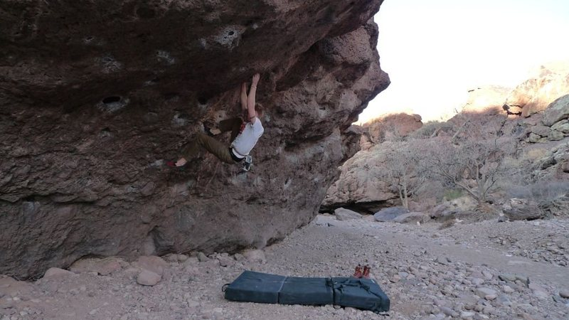 The Right Roof V3 at Box Canyon, NM