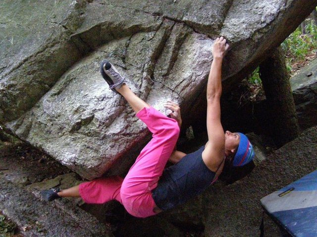 Eating Mentos (V4) in the Gunks.