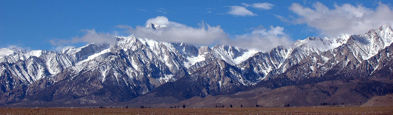 Rock Climbing Photo: Mt. Williamson (14,389 ft.) rising over 10,000 fee...