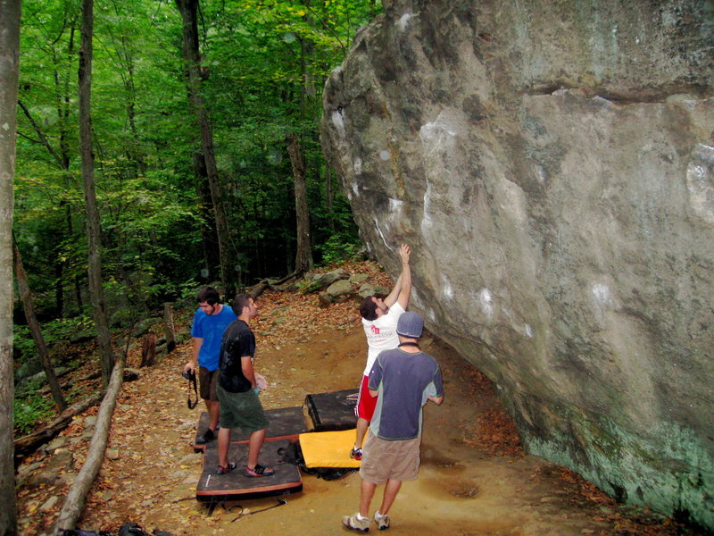 Rock Climbing Photo: Feeling the start holds for Neil's Lunge in the wa...