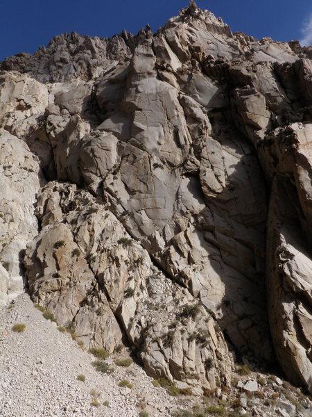 Rock Climbing Photo: What a buttress!