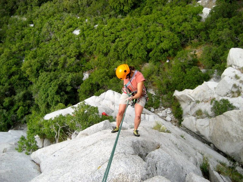 Rock Climbing Photo: Rapping off 1st pitch of Crescent Crack