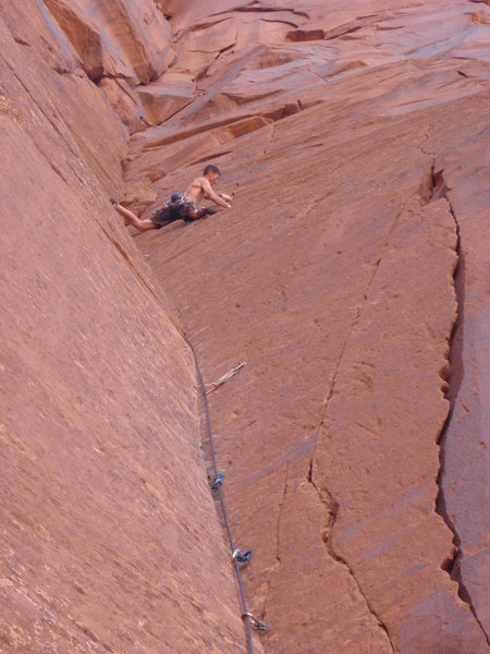 A close up of the crux corner with the finger crack visable above me.