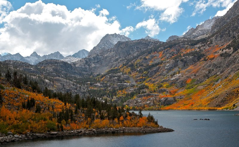 Lake Sabrina surrounded by fall colors.