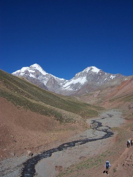 1st view of Aconcagua from the south on approach