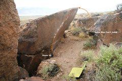 Rock Climbing Photo: Slunk Boulder West Face Topo