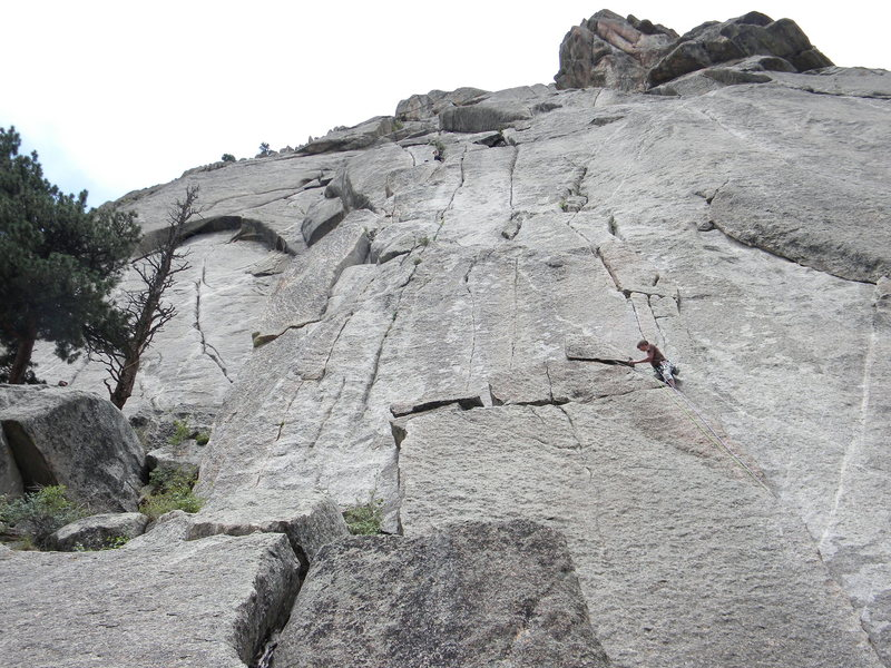 Unknown climber moving left out of Pear Vuttress flake toward Thin-d cracks.