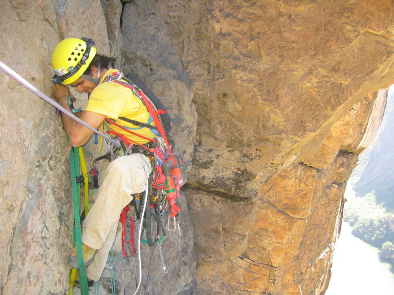 A. Aldama traversing on a hook placement.