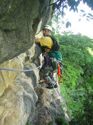 Rock Climbing Photo: Leading the traverse above La Ceiba.