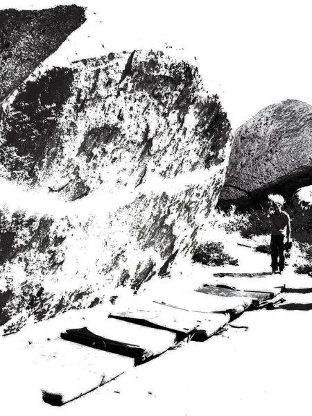 Rock Climbing Photo: ironman traverse w/ absurd pad lineup