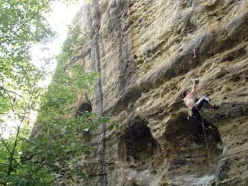 Rock Climbing Photo: buddha hole