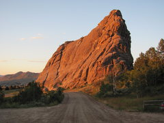 Rock Climbing Photo: Morning Alpenglow on Bath Rock from my campsite pa...