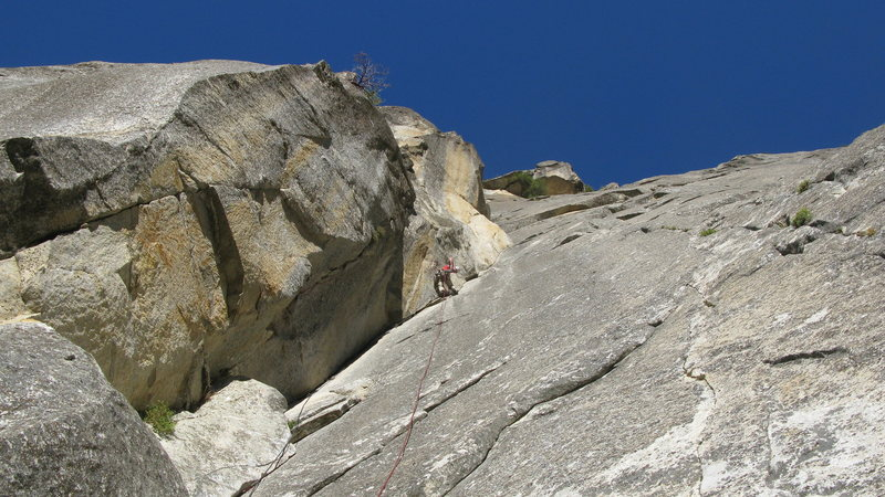 Rock Climbing Photo: Leading the first pitch of the Moratorium
