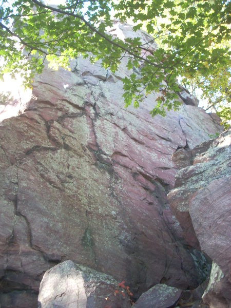 Rock Climbing Photo: This face is found west and down from Ramsay's, ha...