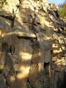 Rock Climbing Photo:  SideWinder in middle Interesting fall sun colour....