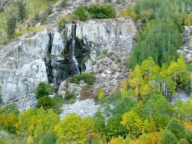 Rock Climbing Photo: Roadside waterfall, Bishop Creek