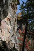 Rock Climbing Photo: Otey warming up on underdog on a perfect fall morn...
