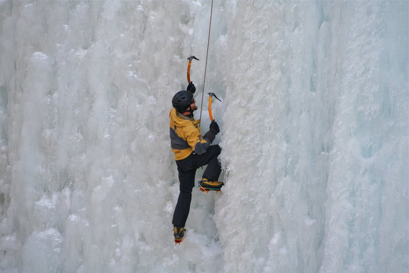Pick of the Vic, Ouray, WI4/5