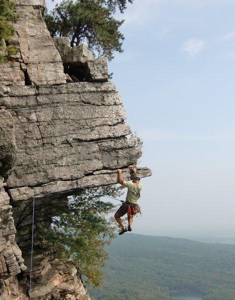 Rock Climbing Photo: Mark Arrow leading the Dangler, Gunks